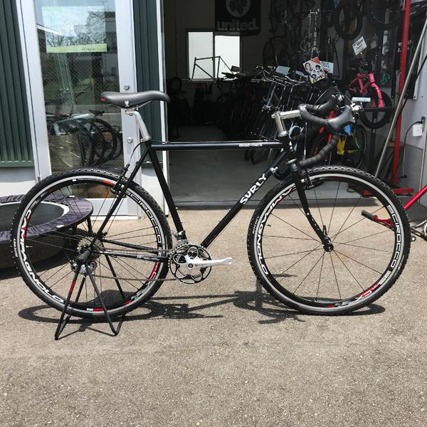 自転車 surly